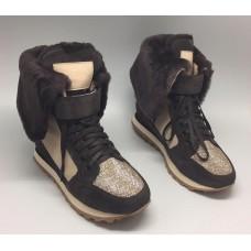 Женские зимние замшевые кроссовки Brunello Cucinelli коричневые с мехом