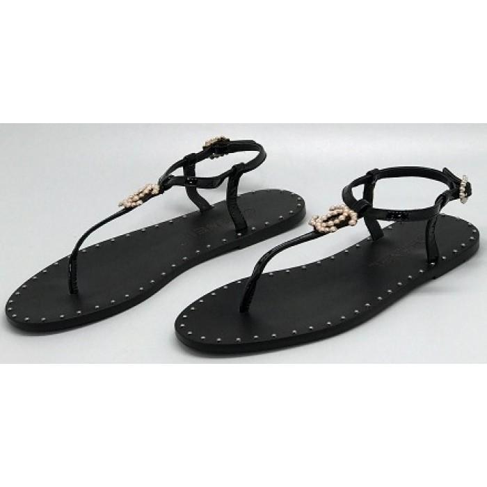 0b982f0388d4 Эксклюзивная брендовая модель Женские брендовые кожаные сандалии Chanel  Cruise черные на плоской подошве
