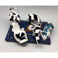 Босоножки Dolce&Gabbana с аппликацией