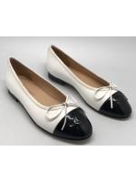 Женские кожаные  брендовые  балетки Chanel Cruise белые с черным