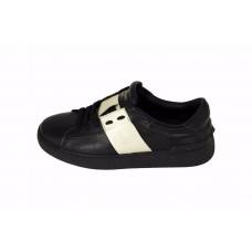 Женские кожаные кроссовки Valentino Garavani Rockstud черные с белым