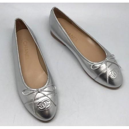 Эксклюзивная брендовая модель Женские кожаные  брендовые  балетки Chanel Cruise серебристые