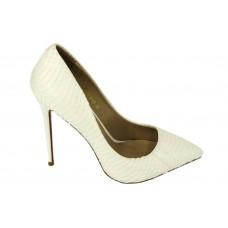 Женские белые кожаные туфли Christian Louboutin Pigalle