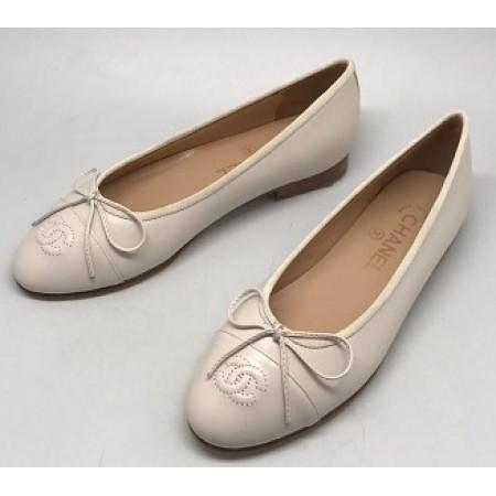 Эксклюзивная брендовая модель Женские кожаные  брендовые  балетки Chanel Cruise белые